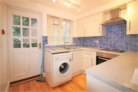 Bartholomew Street West, Exeter. 1 bedroom flat
