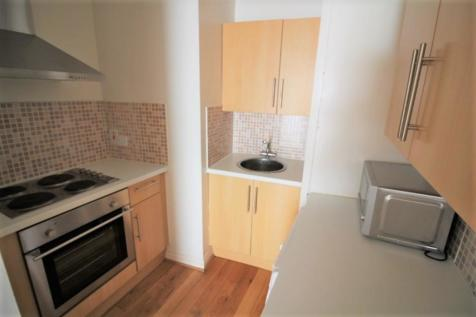 Fore Street, Exeter. 1 bedroom flat