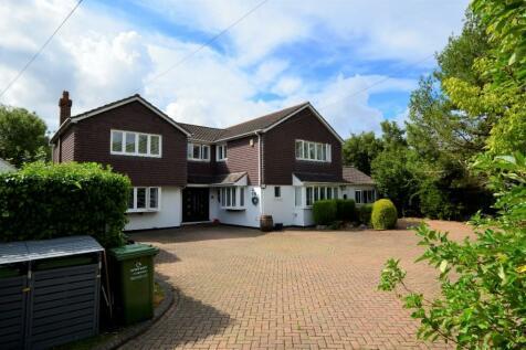 The Hoe, Billericay, Essex, CM12. 6 bedroom detached house for sale