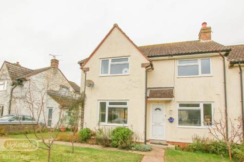 TRULL. 3 bedroom end of terrace house