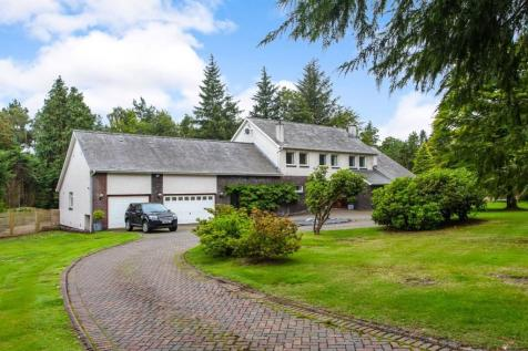 Caledonian Crescent, Auchterarder, Perthshire, PH3. 4 bedroom detached house