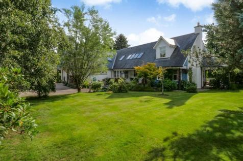Fiddich, 2 Aros Field East, Comrie, PH6. 3 bedroom detached house