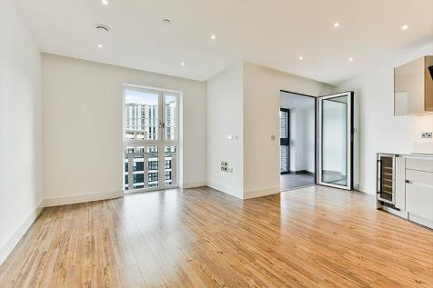 Wiverton Tower, New Drum Street, Aldgate, London, E1. 1 bedroom flat
