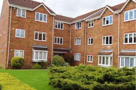 Opal House, Percy Gardens, Malden Manor, KT4. 1 bedroom ground floor flat