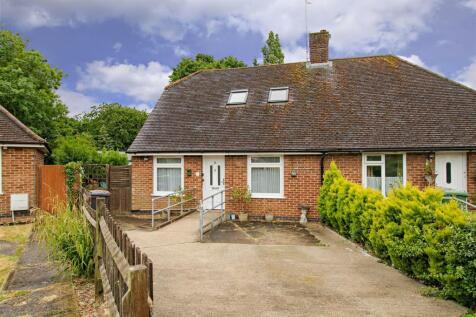 Northfield Road, Borehamwood. 3 bedroom semi-detached bungalow