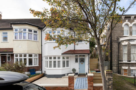 Bushey Hill Road, Camberwell, SE5. 4 bedroom end of terrace house for sale
