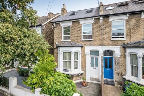 Ondine Road, Peckham Rye, SE15. 2 bedroom flat