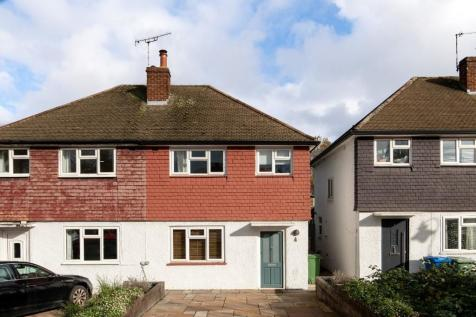 Maldon Close, Camberwell, SE5. 3 bedroom semi-detached house for sale