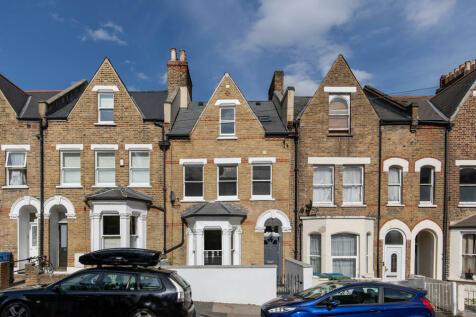 Bromar Road, Camberwell, SE5. 4 bedroom terraced house