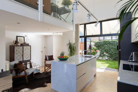 Empress Mews, Camberwell, SE5. 3 bedroom mews house for sale