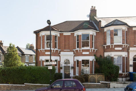 Grove Hill Road, Camberwell, SE5. 3 bedroom end of terrace house