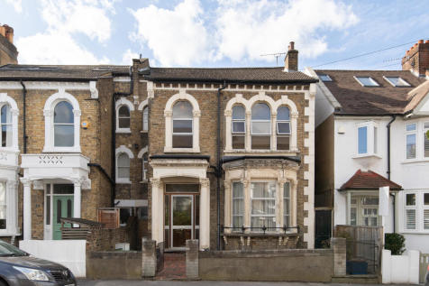 Bushey Hill Road, Camberwell, SE5. 4 bedroom semi-detached house for sale