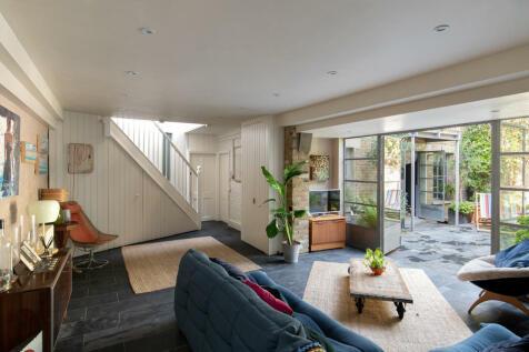 Fellbrigg Road, East Dulwich, SE22. 3 bedroom semi-detached house for sale