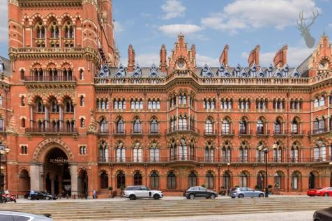 St. Pancras Chambers, Kings Cross, London. 2 bedroom apartment