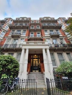 Cromwell Road, London, SW5. 5 bedroom apartment for sale