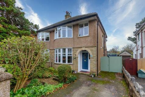 Hala Grove, Lancaster. 3 bedroom semi-detached house for sale