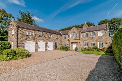 Crocodile House, Manor Gardens, Thorner, Leeds. 6 bedroom equestrian facility for sale
