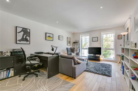 Peachey House, 29 Eltringham Street, London, SW18. 1 bedroom flat
