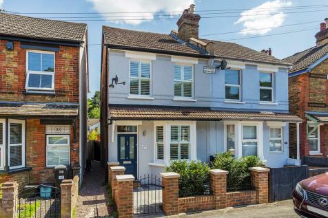 Little Roke Avenue, Kenley, CR8. 3 bedroom semi-detached house
