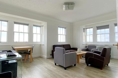Kings Road - VIDEO TOUR. 2 bedroom apartment