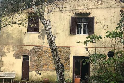 Rosignano Marittimo, Livorno, Tuscany. 2 bedroom cottage for sale