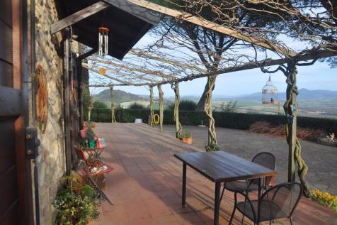 Riparbella, Pisa, Tuscany. 8 bedroom stone house for sale