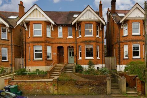 Lynwood Road, Redhill. 5 bedroom semi-detached house