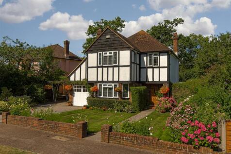 Grange Close, Merstham, Redhill. 4 bedroom house