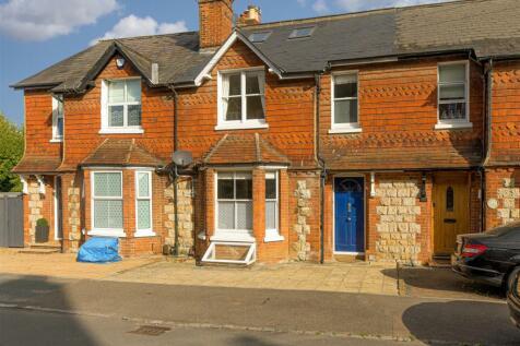 Grovehill Road, Redhill. 4 bedroom house