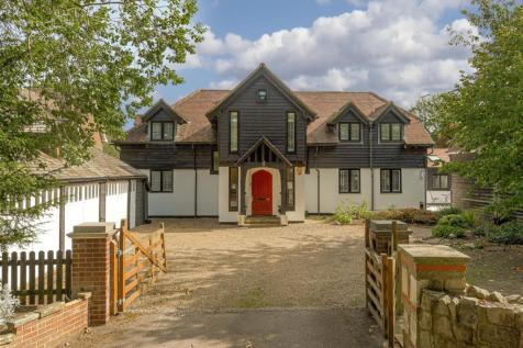 Mid Street, South Nutfield, Redhill. 5 bedroom detached house for sale
