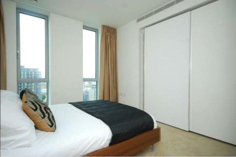 Pan Peninsula Square, London, E14. 2 bedroom apartment
