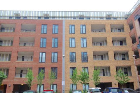 Maxwell Road, Romford, London, RM7. 2 bedroom apartment