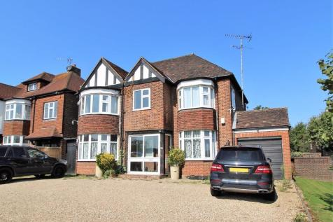 Hutton Road, Shenfield, Brentwood, Essex, CM15. 4 bedroom detached house for sale