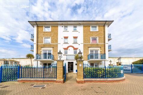 The Strand, Brighton Marina Village, Brighton, BN2. 2 bedroom apartment