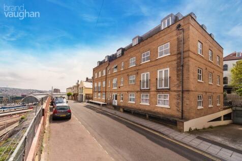 St Annes Court, Howard Place, Brighton, BN1. Studio apartment