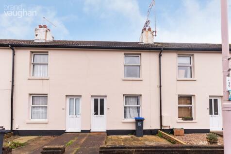 Sompting Road, Worthing, West Sussex, BN14. 2 bedroom terraced house