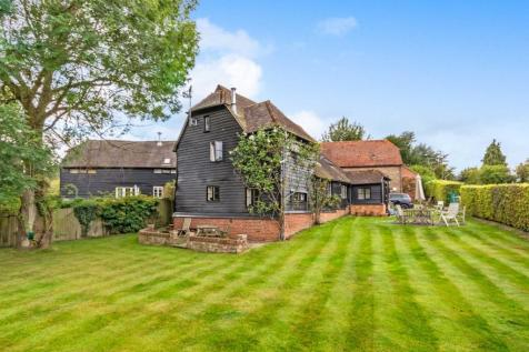 Postern Lane, Tonbridge. 3 bedroom barn conversion for sale