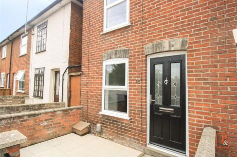 Colne Bank Avenue, Colchester, Essex, CO1. 2 bedroom end of terrace house