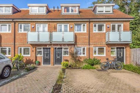 Renshaw Close, Catford. 3 bedroom terraced house for sale