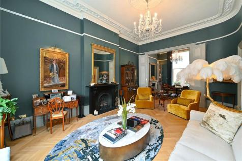 Warrington Crescent, Little Venice, London, W9. 4 bedroom apartment