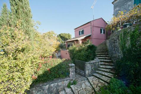 Ionian Islands, Corfu, Sinies. 3 bedroom house