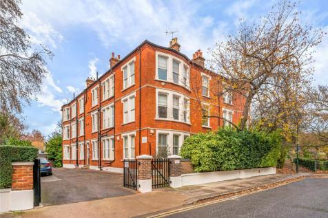 Riverview Mansions, Clevedon Road, Twickenham, TW1. 4 bedroom flat