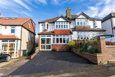 The Oval, Banstead. 3 bedroom semi-detached house for sale