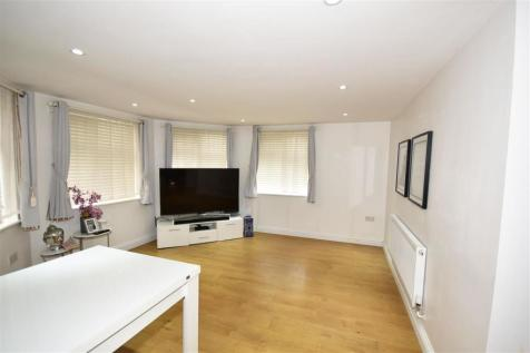 Forest Road, Loughton. 2 bedroom apartment