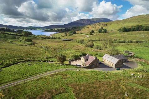 Ty Nant, Capel Celyn, Bala LL23 7NY. 6 bedroom detached house for sale