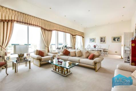 Hendon Lane, Finchley, London, N3. 3 bedroom apartment for sale