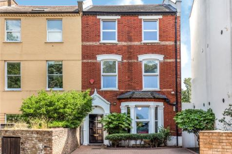 Blythwood Road, Stroud Green, London, N4. 5 bedroom end of terrace house for sale