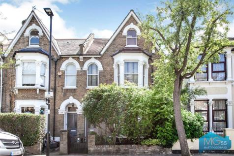 Shaftesbury Road, Crouch End Borders, London, N19. 4 bedroom terraced house for sale