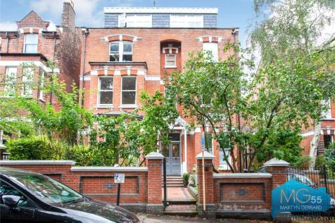 Coolhurst Road, Crouch End, London, N8. 3 bedroom apartment for sale