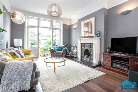 Albany Road, Stroud Green, London, N4. 5 bedroom terraced house for sale